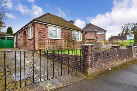 3 bedroom detached bungalow for sale - Nursery Hill, Shamley Green, Guildford, Surrey