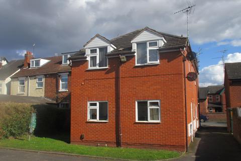 Studio to rent - 3 Lorne Street DY10