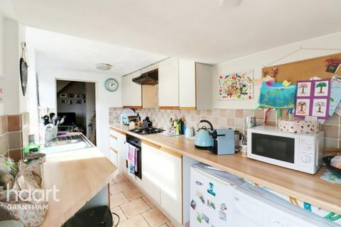 2 bedroom terraced house for sale - Westbourne Place, Grantham