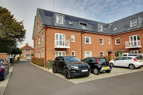 2 bedroom apartment for sale - Parkfield Road, Worthing, BN13