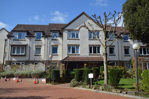 1 bedroom flat for sale - Queens Park West Drive, Bournemouth, BH8
