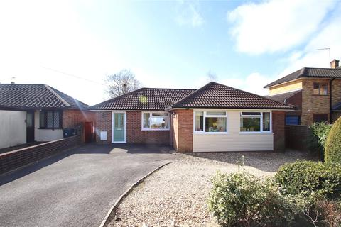 3 bedroom bungalow for sale - Claylake Drive, Verwood, Dorset, BH31