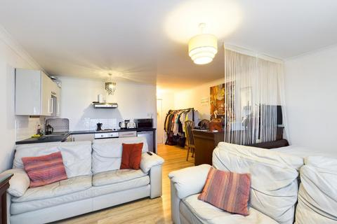 Studio for sale - Sunderland Court, Whitley Close, Stanwell, TW19