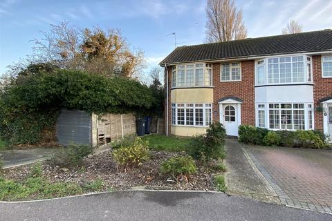 3 bedroom end of terrace house for sale - Mash Barn Lane, Lancing, West Sussex, BN15
