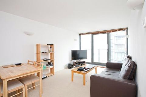 1 bedroom apartment to rent - Neutron Tower, 6 Blackwall Way, London, E14