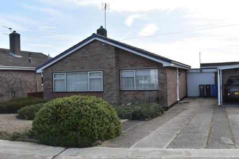 3 bedroom detached bungalow for sale - Heigham Drive, Lowestoft