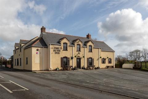 4 bedroom detached house for sale - The Bush Inn, Llandissilio, Pembrokeshire, SA66