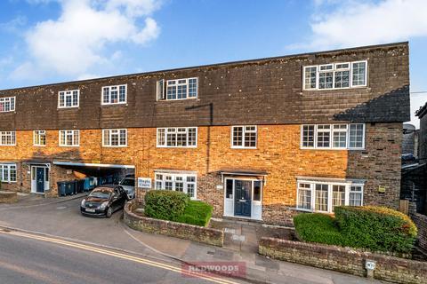 2 bedroom ground floor flat to rent - Windsor