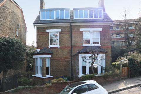 2 bedroom apartment for sale - Blythwood Road , Stroud Green , London