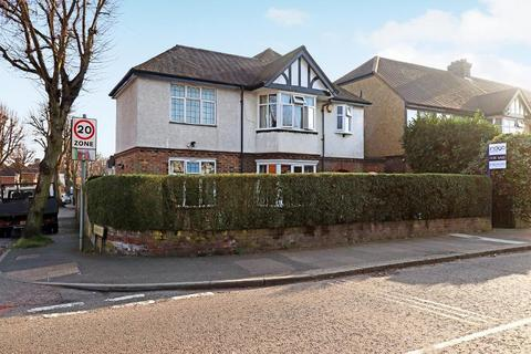 4 bedroom detached house for sale - Montrose Avenue, New Bedford Road, Luton, LU3 1HP