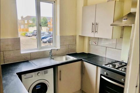 4 bedroom flat to rent - Walthamstow High Street, E17 Walthamstow