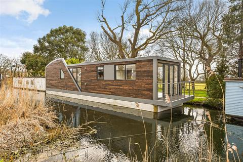 2 bedroom houseboat for sale - Chichester Marina, Chichester