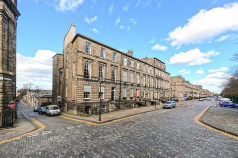 2 bedroom flat to rent - HERIOT ROW, NEW TOWN, EH3 6EX