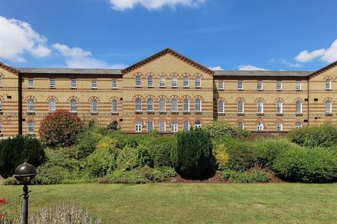 4 bedroom terraced house for sale - Park West, Southdowns Park, Haywards Heath