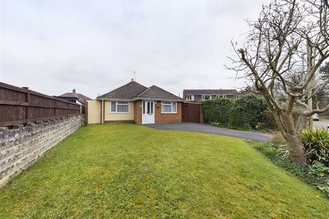 2 bedroom bungalow for sale - Pirton Lane, Churchdown
