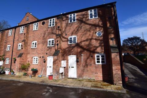 2 bedroom house to rent - New Brook Street