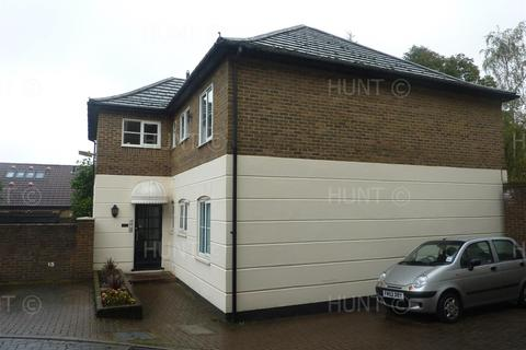2 bedroom apartment to rent - Station Road, Broxbourne, Hertfordshire