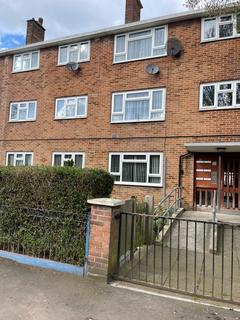 1 bedroom flat to rent - Edwin Avenue, East Ham E6