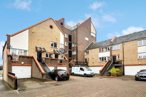 2 bedroom flat for sale - Admiral Place, Rotherhithe SE16