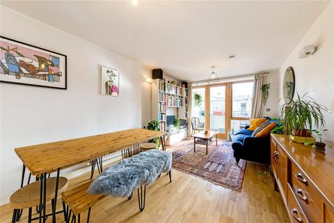 2 bedroom flat for sale - Saffron House, 5 Ramsgate Street, London, E8