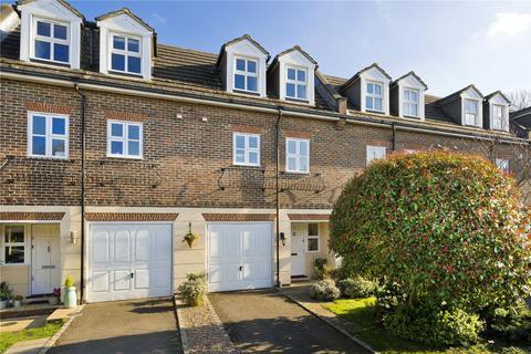 4 bedroom terraced house for sale - Sandown Gate, Esher, Surrey, KT10