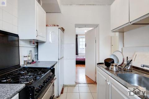 2 bedroom flat for sale - Greatorex Street, London, E1 5NS