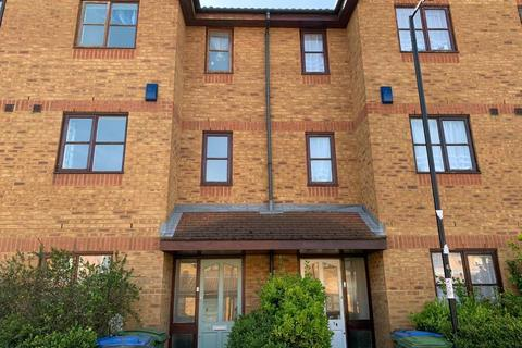 4 bedroom terraced house to rent - Harlinger Street, Woolwich, London, SE18 5SY
