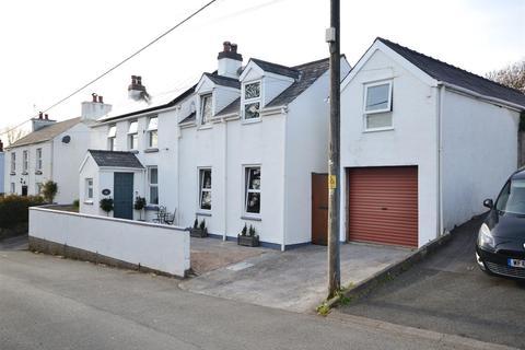 3 bedroom detached house for sale - Cosheston, Pembroke Dock