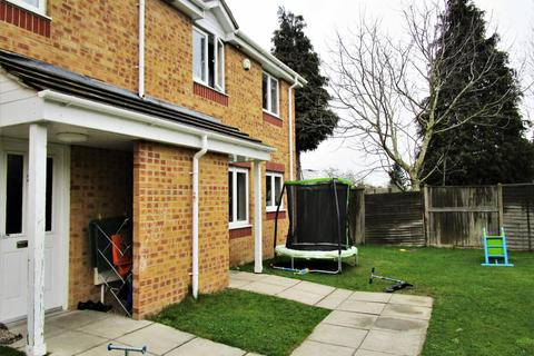 2 bedroom end of terrace house to rent - Adrians Walk, Slough