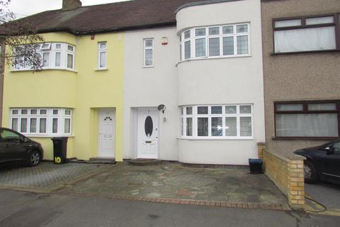 3 bedroom terraced house to rent - Donald Drive, Chadwell Heath