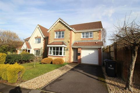 4 bedroom detached house for sale - Fallow Field Close, Chippenham