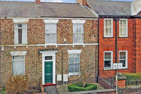 2 bedroom terraced house for sale - Melbourne Street, York, YO10
