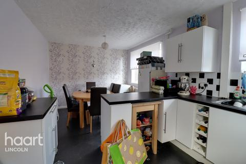 3 bedroom semi-detached house for sale - Hathersage Avenue, Lincoln