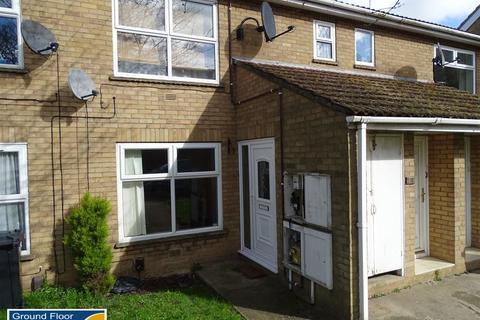 2 bedroom ground floor flat for sale - North Street: Stanground