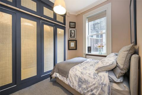 1 bedroom flat to rent - Conway Street, London