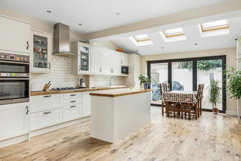 4 bedroom terraced house for sale - Eastcombe Avenue London SE7