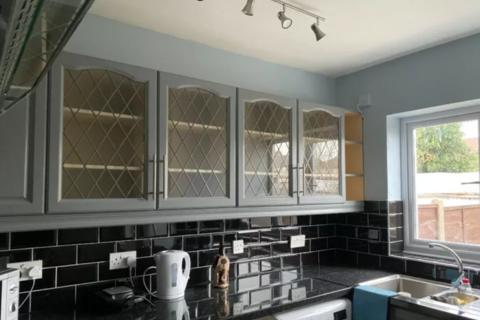 Studio to rent - WINNINGTON ROAD, LONDON EN3
