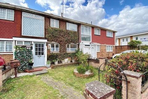 3 bedroom terraced house for sale - Arragon Road, East Ham, London E6