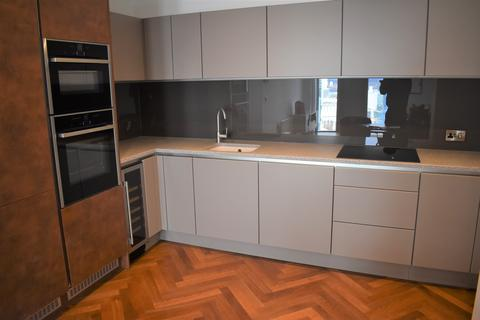 2 bedroom apartment to rent - Deansgate Square , Manchester, Greater Manchester