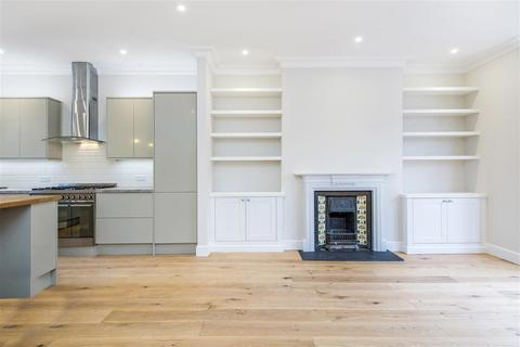 4 bedroom flat to rent - St. Stephens Avenue, W12