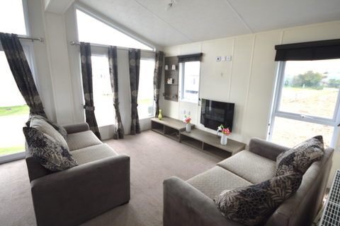 2 bedroom lodge for sale - Harts, Isle of Sheppey