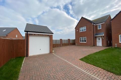 3 bedroom detached house to rent - Almond Close,  Lytham St. Annes, FY8