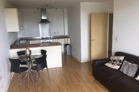 2 bedroom flat to rent - Denmark Road  M15