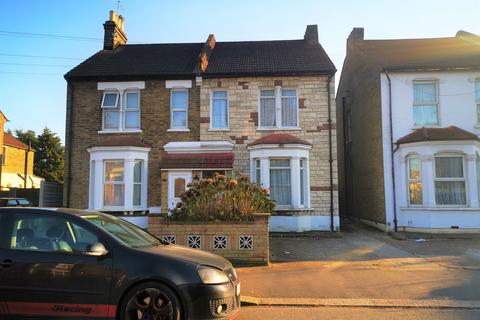 3 bedroom semi-detached house for sale - Totteridge Road, Enfield, EN3