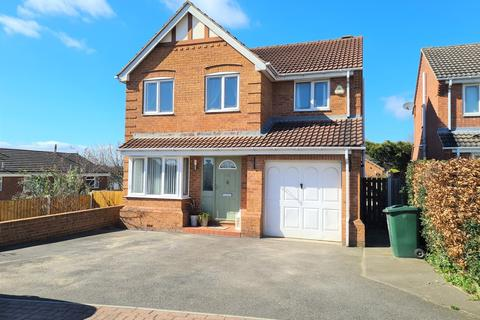 4 bedroom detached house for sale - Orchard Close, Mexborough