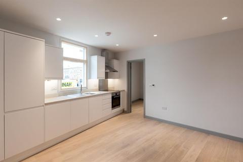 1 bedroom apartment to rent - Uxbridge Road, London