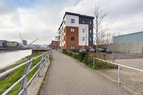 2 bedroom flat for sale - Devonia House, Rodney Road, Newport