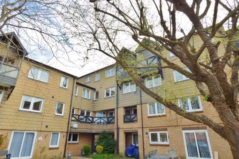 Studio for sale - The Spinney, Swanley