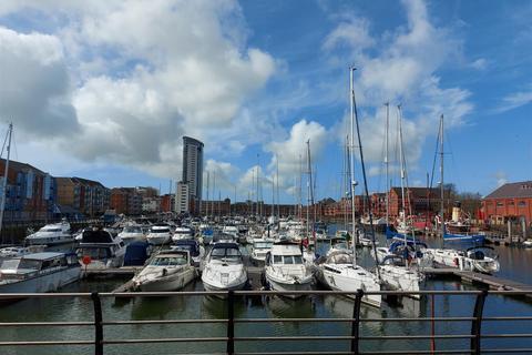 2 bedroom apartment for sale - Abernethy Quay, Marina, Swansea