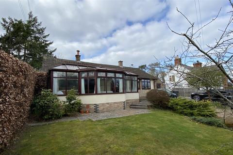 3 bedroom detached bungalow for sale - Montford Bridge, Shrewsbury